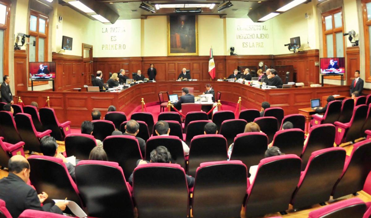 La Corte da entrada a queja de Morena