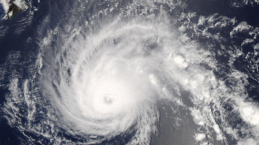 El huracán Walaka se traga una isla ecológica de Hawái