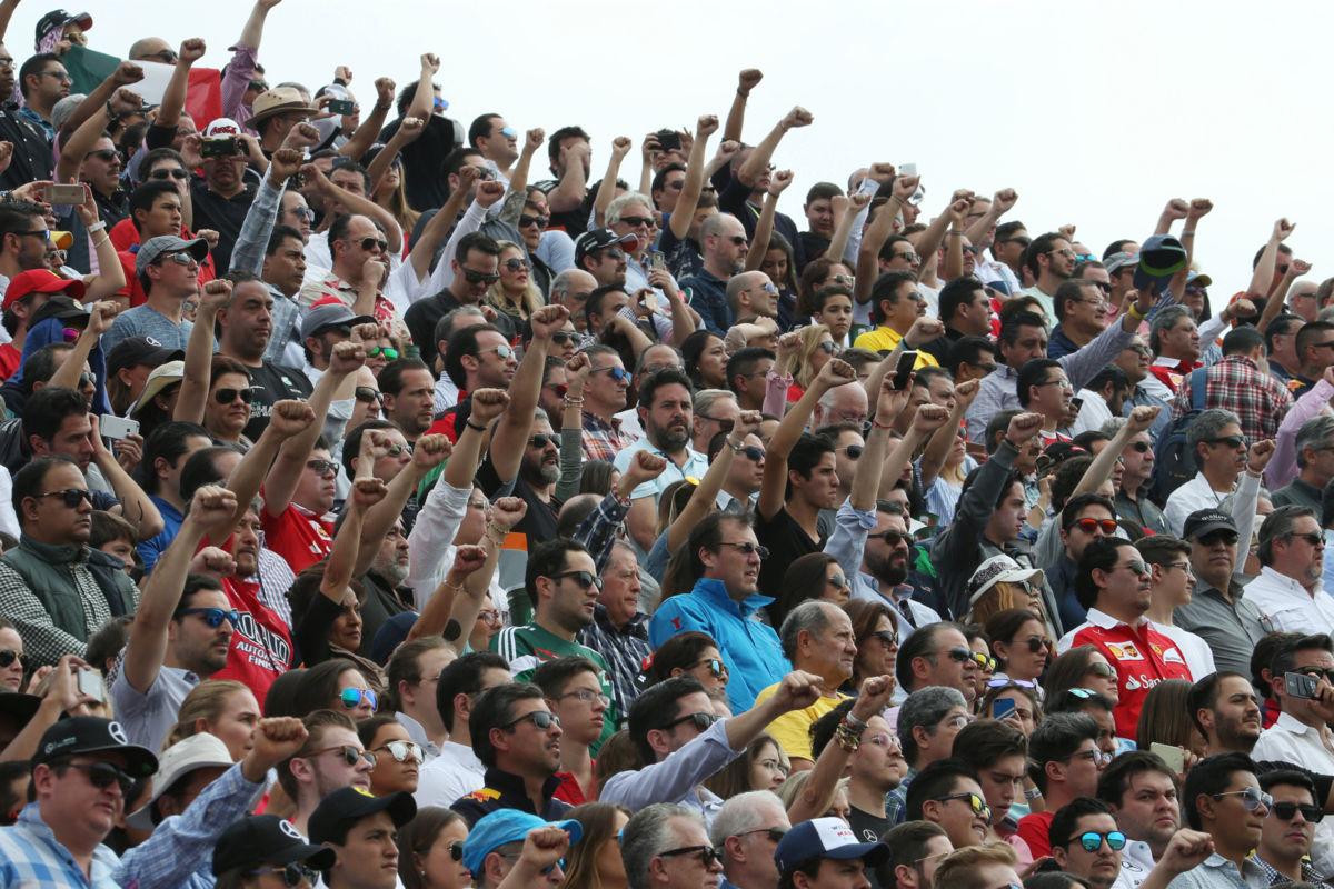 Víctimas del sismo 19-S, presentes en el GP de México