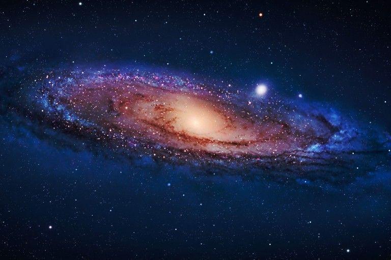 Hallan docena de agujeros negros en el centro de la Vía Láctea