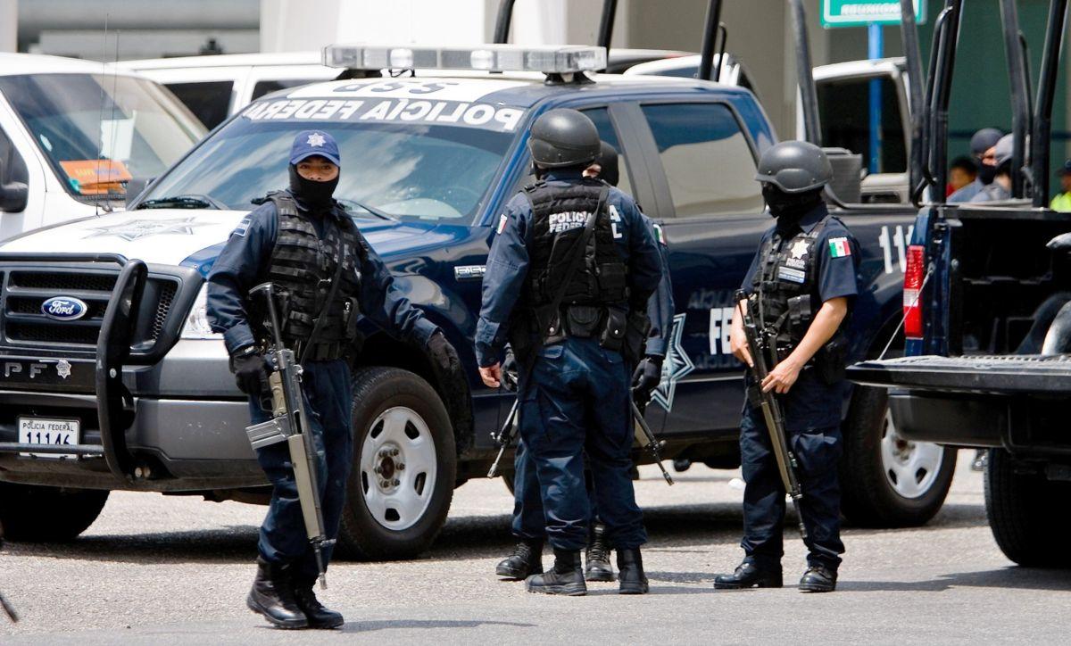 48 elementos se gradúan de la Policía Federal
