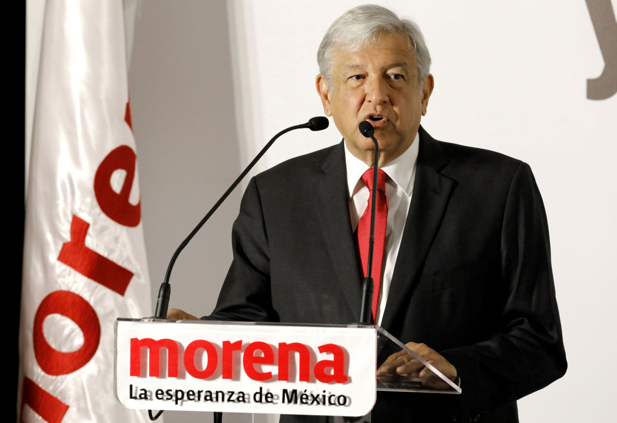 Foto: Andrés Manuel López Obrador, precandidato de la alianza