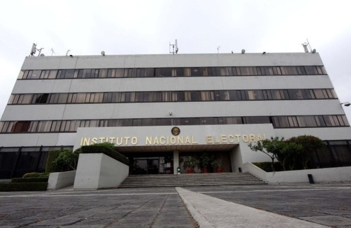 C rdova defiende construcci n de nuevo edificio del ine for Videos de construccion de edificios