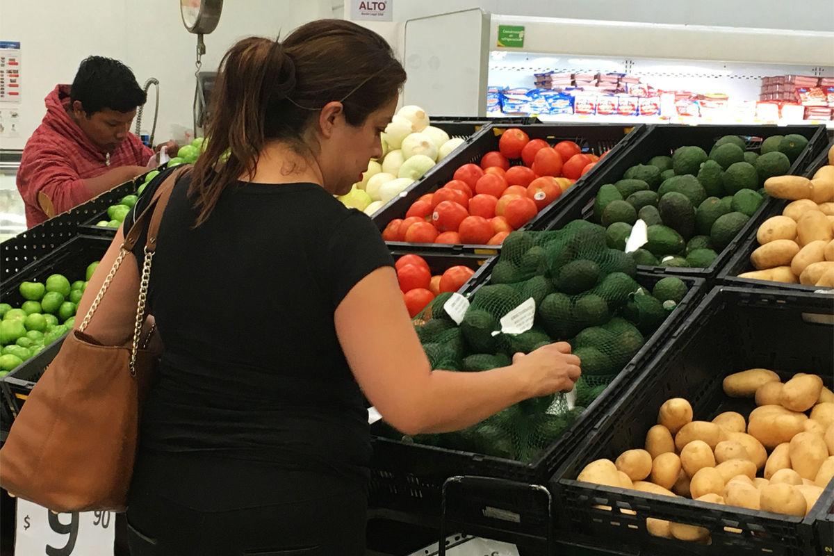 Inflación prende 'focos amarillos', podría genera aumento en la pobreza: CONEVAL