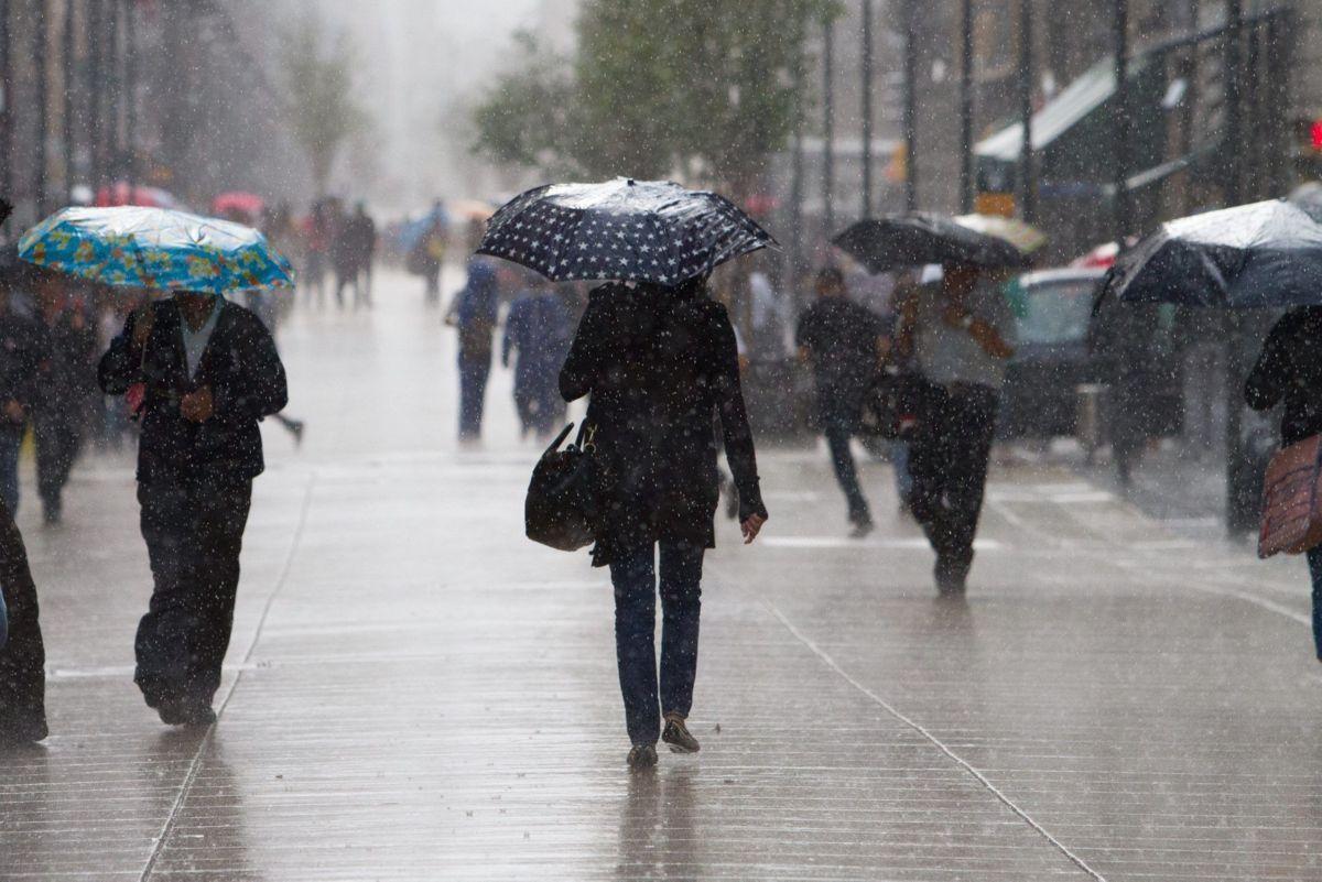 Lluvias pegan al sur de la CDMX; Hospital Xoco, afectado