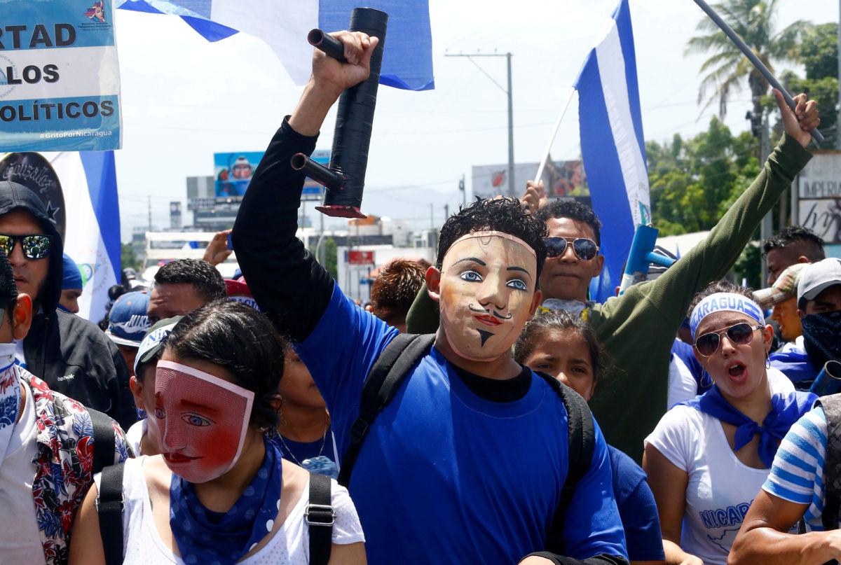 Incrementa la violencia en Nicaragua: Ortega bloquea la principal resistencia del país
