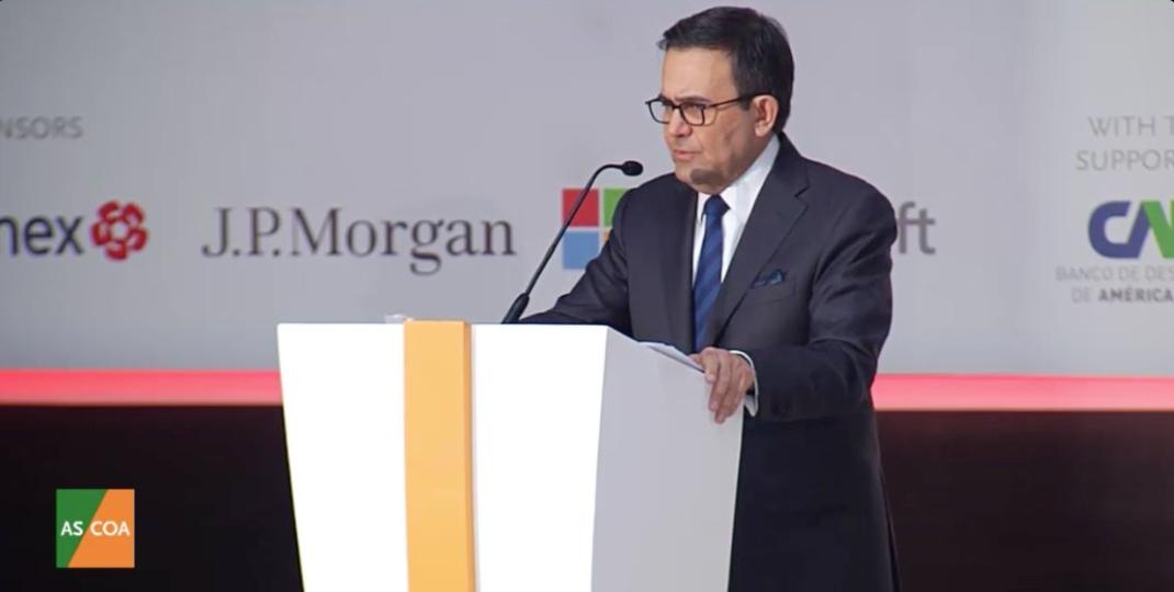 México no se opone a revisar reglas de origen en renegociación de TLCAN: Guajardo