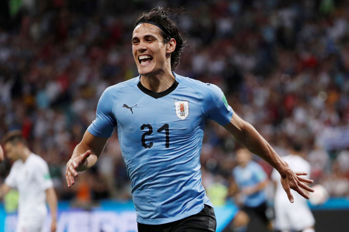 Uruguay le ganó 2-1 a Portugal con goles de Cavani