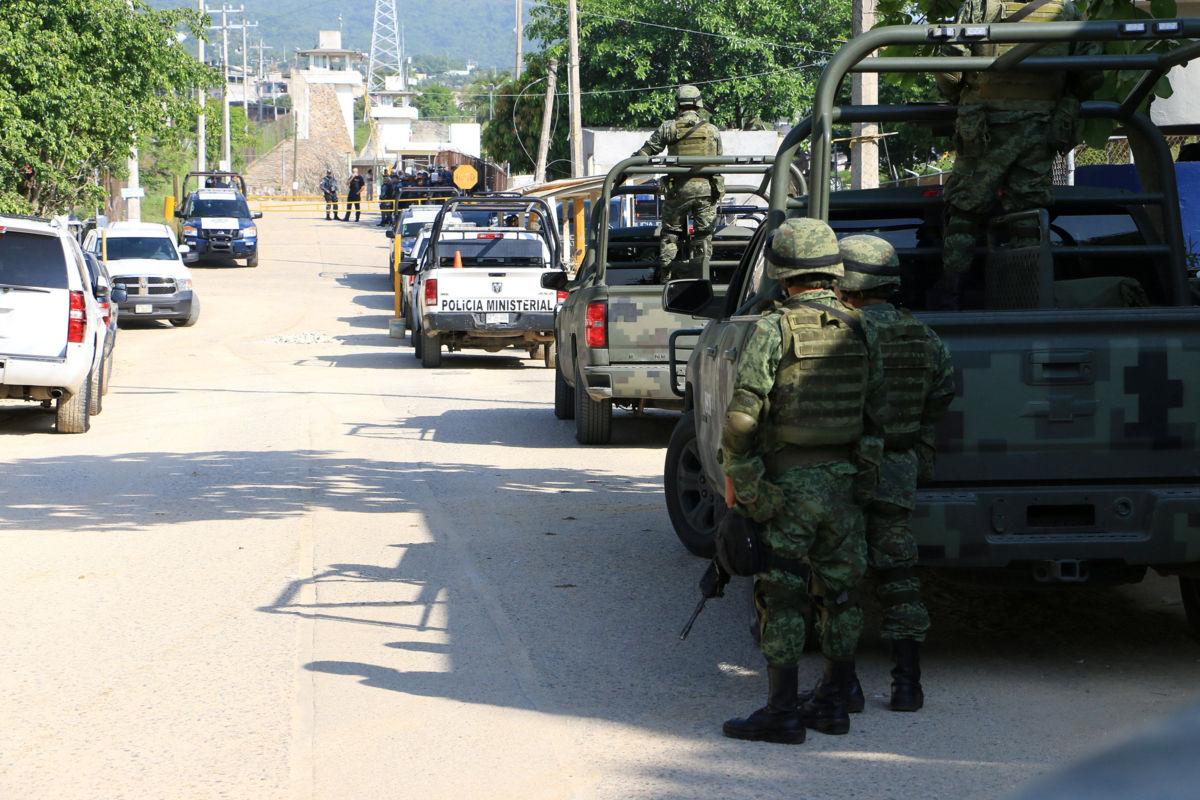 Decapitan a cinco durante motín en penal de Acapulco