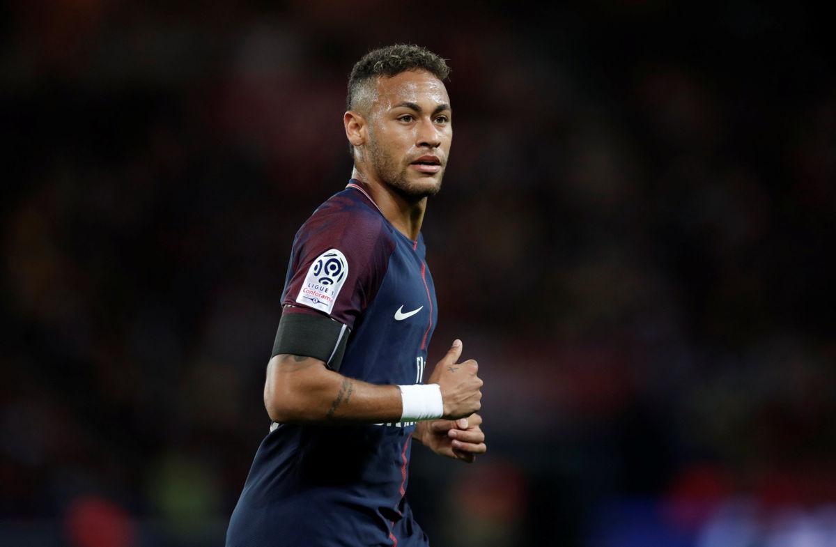 Barcelona demanda a Neymar por incumplimiento de contrato