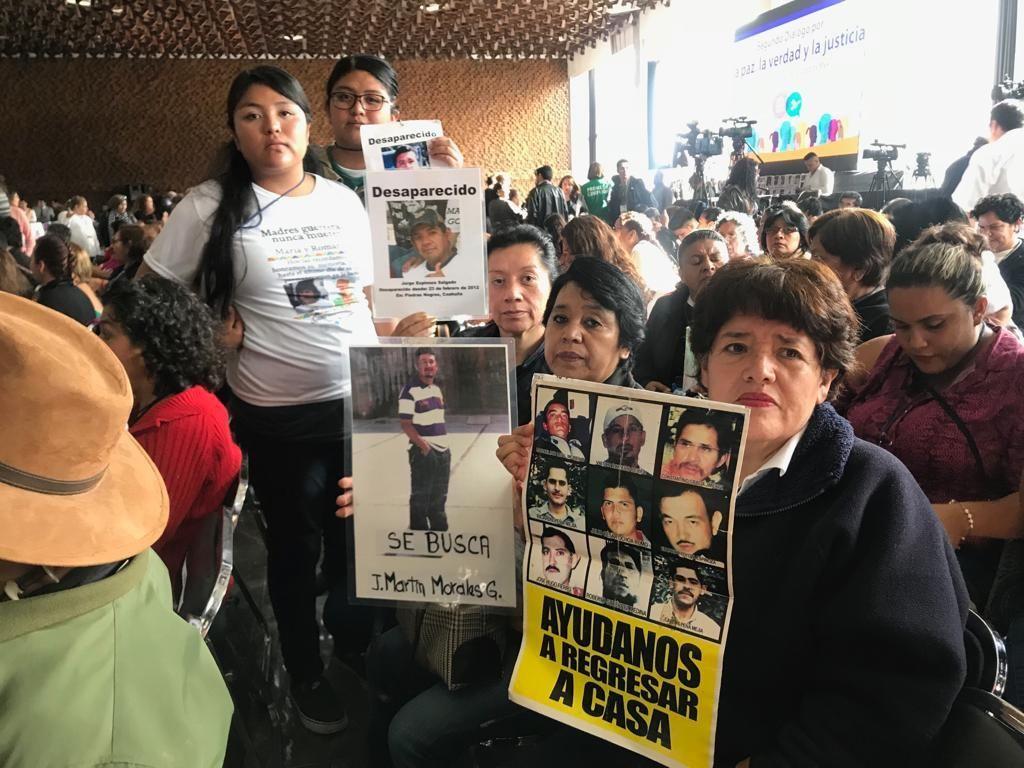 Víctimas piden justicia a AMLO en Segundo Diálogo por la Paz