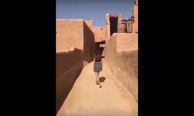 Detienen a la joven que indignó a árabes por este 'inmoral' video
