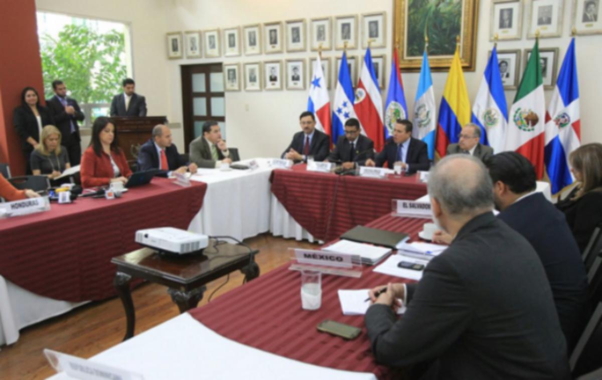 Participa México en reunión técnica sobre migración en Guatemala