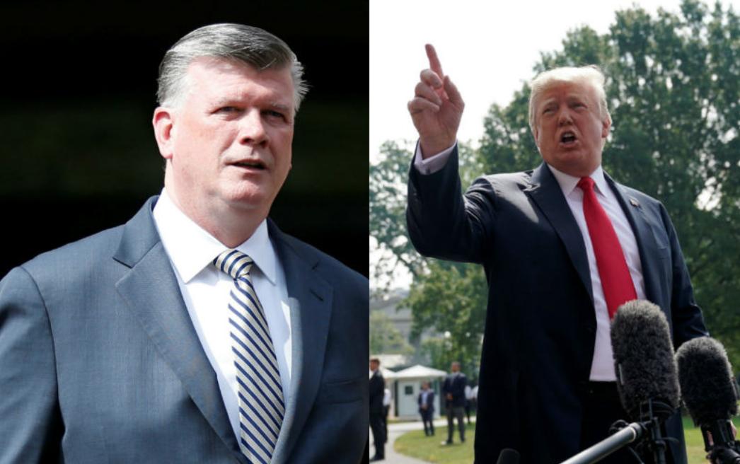 Retoman deliberaciones sobre caso del exjefe de campaña de Trump