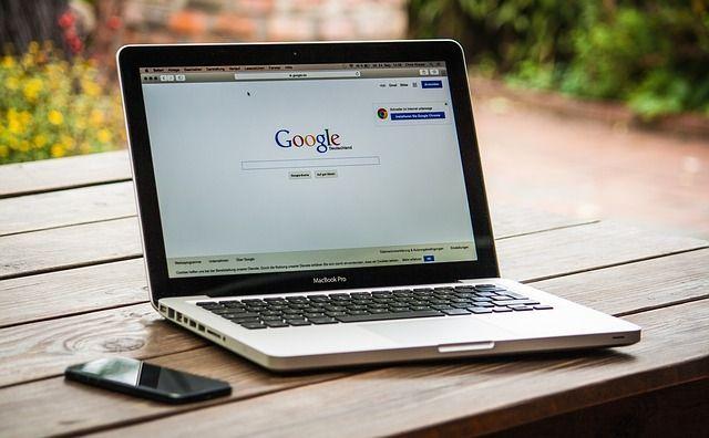Google bloquea en Chrome publicidades invasivas