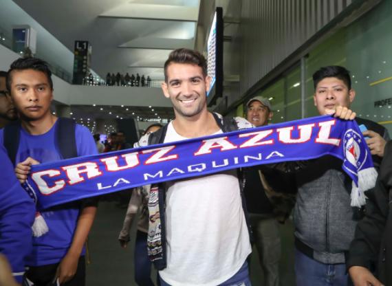 Mart n cauteruccio llega a m xico para reportar con cruz for Granitos nacionales argentinos