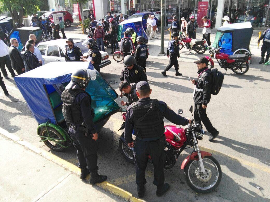 Confiscan 26 mototaxis en la Venustiano Carranza