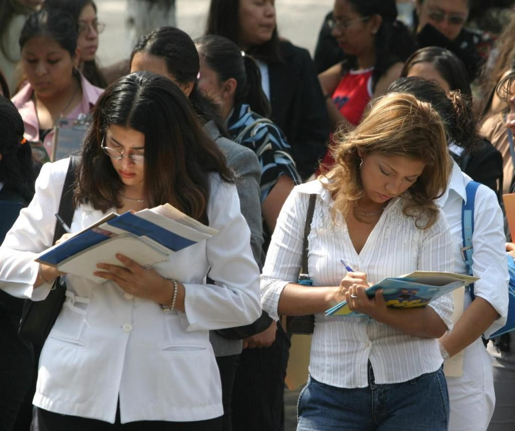 Desempleo baja a 3.5 por ciento en mayo: Inegi