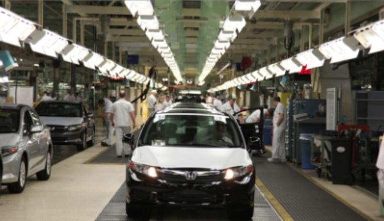 Industria automotriz continuará su camino en México con o sin TLCAN