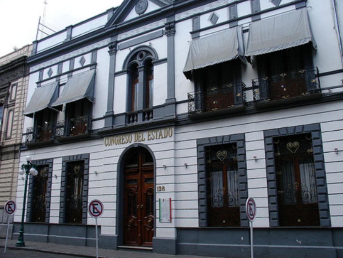 fachada del edificio del Congreso del Estado de Puebla