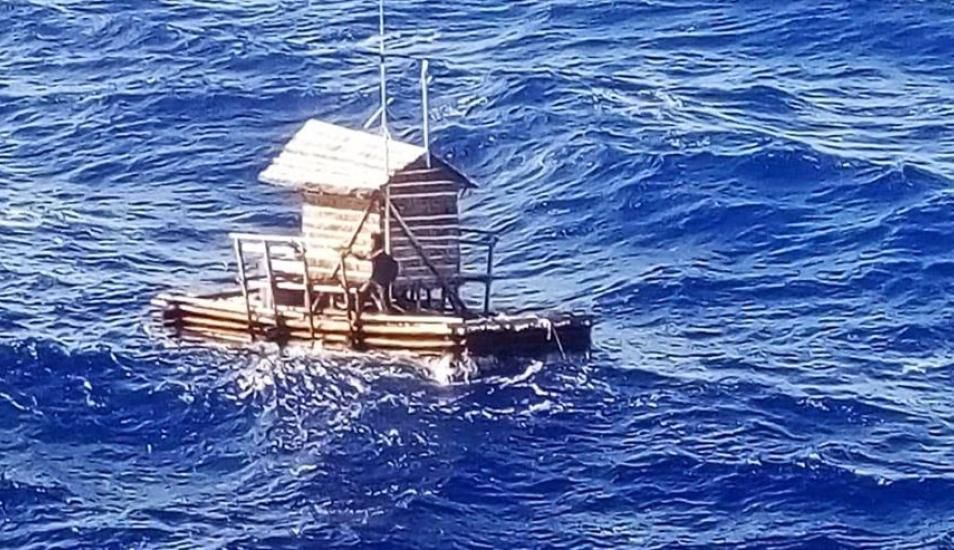 Joven sobrevive 48 días en alta mar en trampa flotante para peces