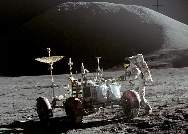 Científicos planean construcción de hábitats en la Luna
