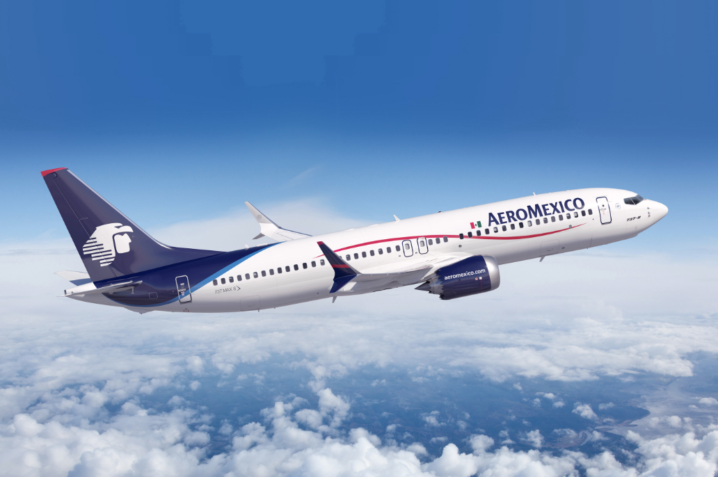 Aeroméxico prevé despedir y reubicar personal ante entorno complicado