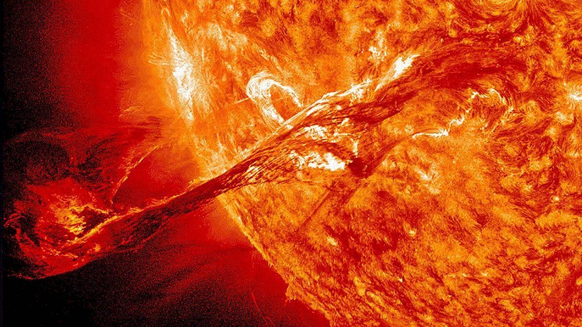 ¿Tormenta solar de este lunes debe preocuparnos?